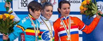Francuzka Pauline Ferrand-Prevot sięgnęła w Taborze po złoty medal przełajowych Mistrzostw Świata. Srebro zdobyła Belgijka Sanne Cant, a z brązowym medalem z Czech wyjedzie broniąca tytułu Holenderka Marianne Vos.