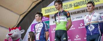 Szymon Krawczyk (KTK Kalisz) wygrał rywalizację juniorów ze startu wspólnego podczas mistrzostw Polski w kolarstwie szosowym. Na 126-kilometrowej trasie kaliszanin pokonał Karola Cygana (Mostostal Puławy).